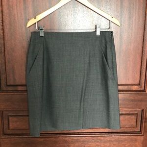 Theory grey skirt size 6